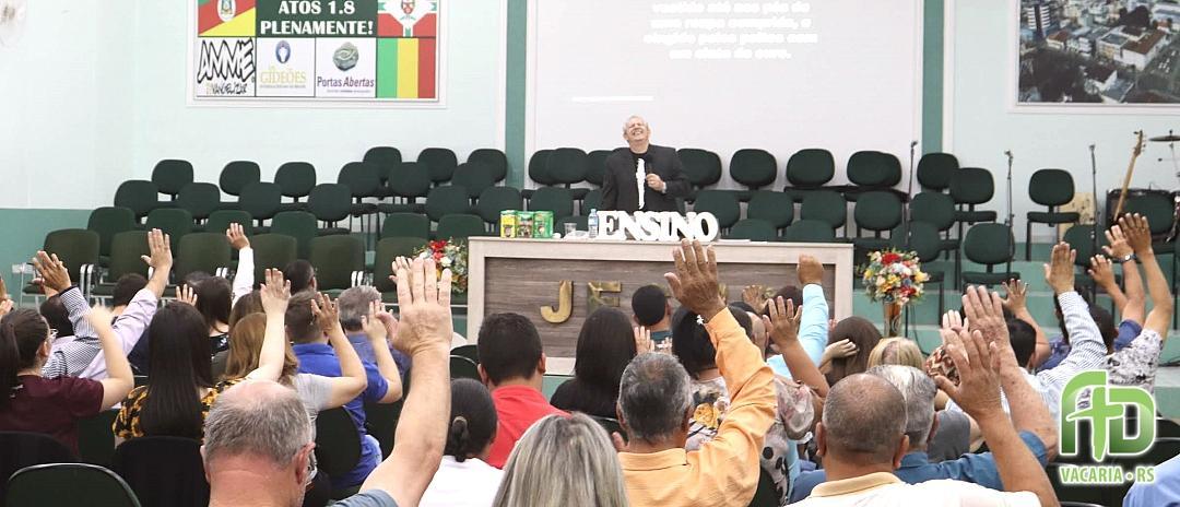 Doutrina da Igreja - Apocalipse 1.12-20